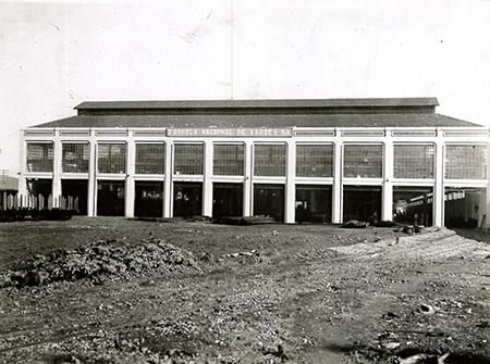 Construção da Fábrica Nacional de Vagões, em Cruzeiro (SP)