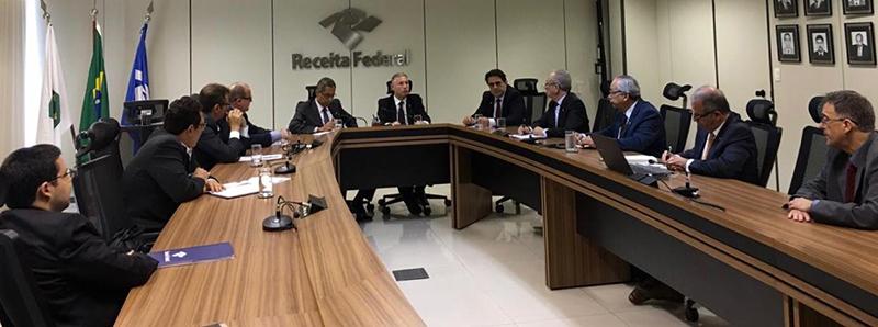 Reunião realizada entre representantes da indústria de fundição e a equipe do Secretário Marcos Cintra.