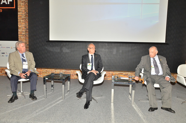 Da esquerda para a direita, Augusto Koch Jr., Afonso Gonzaga e Antonio Diogo F. Pinto.