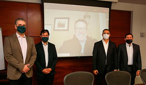 Executivos das Empresas Randon participam da assinatura de compra da Fundituba (Crédito da imagem: Marcos Lazzaroto)